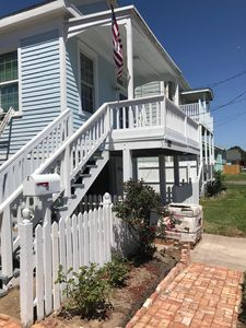 Photo for Walking distance to the beach and all of Galveston's big attractions!