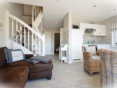 Photo for Stylish, family-friendly apartment on the North Sea coast