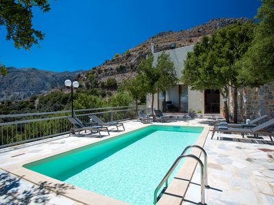 Photo for Villa Somnia! With private pool, close to amenities, nature's revitalisation!
