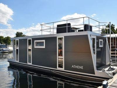 Photo for Cozy floating Boatlodge, Athens, 4 persons, 2 bedrooms Maastricht