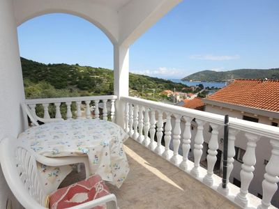 Photo for One bedroom apartment with terrace and sea view Vis