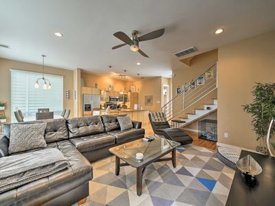 Photo for 2BR Houston Townhome w/ Yard & Rooftop Terrace!