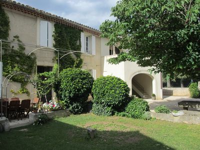 Photo for Cottage of 110 m² at the foot of Mont Ventoux