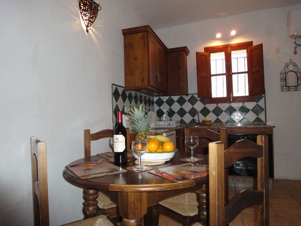 Vejer De La Frontera House Rental   Dining Area With Kitchen