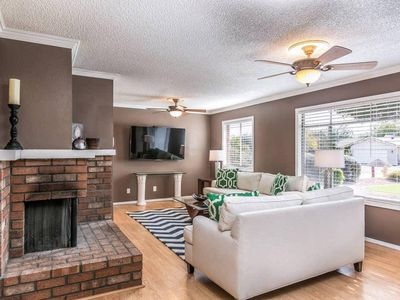 Photo for Entertainment District! Old Town Scottsdale~Heated Hot Tub Included