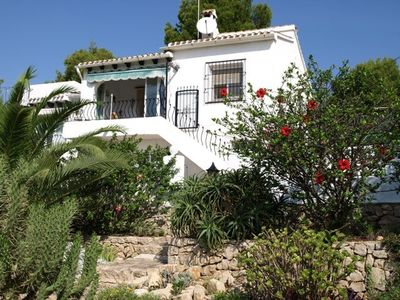 Photo for Corner-bungalow with excellent sea view and community pool