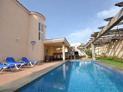 Photo for Dream villa with large outdoor area, private pool and barbecue.