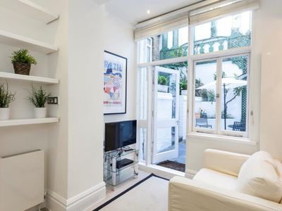Photo for 2 bed flat located in central London, Marble Arch.
