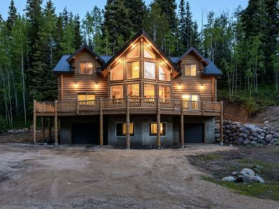Photo for 4 bedroom 3200 sq ft Cabin  East of Heber