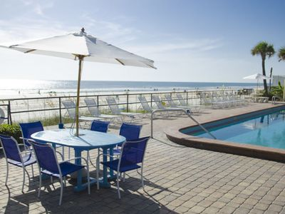 Photo for Apartment Oceanside Inn in Daytona Beach Shores - 2 persons, 1 bedrooms