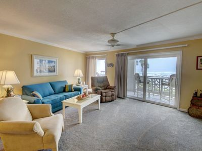 Photo for 1BR / 1BA - Gulf front with beautiful views of the Gulf and pool