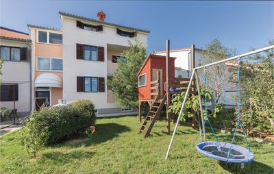 Photo for 1 bedroom accommodation in Valbandon