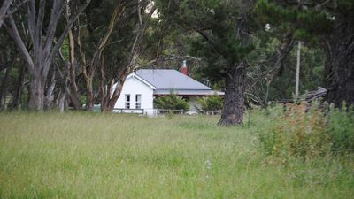 Photo for Waterloo Stockmans Cottage - historic rural property
