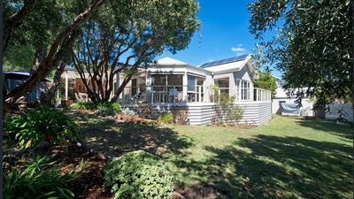 Photo for Sorrento Sunshine Holiday House