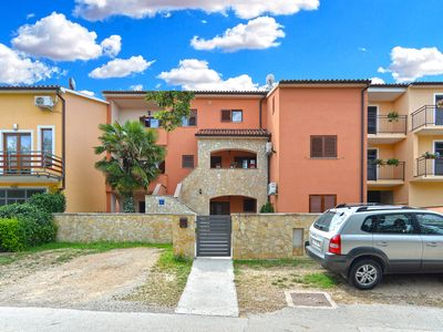 Photo for Holiday apartment Pula for 3 - 5 persons with 1 bedroom - Holiday apartment