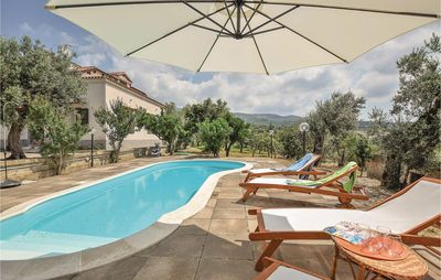 Photo for 5 bedroom accommodation in Rongolise di Sessa Au.