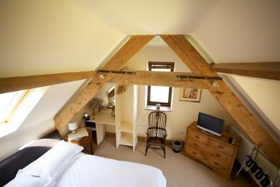 Lovely high ceiling in Coach House bedroom