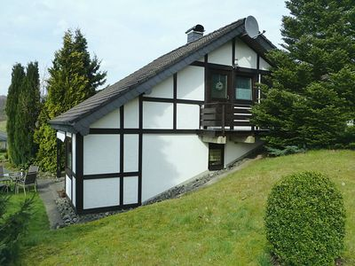 Photo for Detached holiday home on the Hennesee with terrace and marvellous distant view