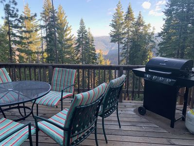 Gorgeous mountain views from the deck