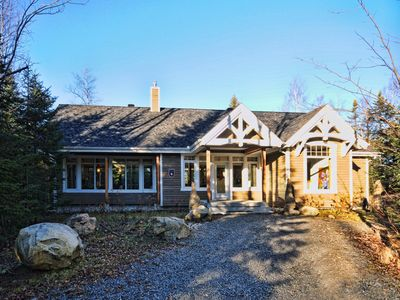 Photo for Chalet au Lac Rouge - Vacation Rental