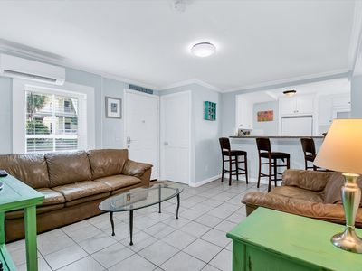 Photo for Updated 3BR, 1 Block to Beach & Pier