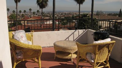 Photo for Vintage Spanish Colonial Revival top floor flat