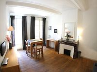 A wonderful apartment on the edge of the maret Square with all that is necessary for a perfect stay.