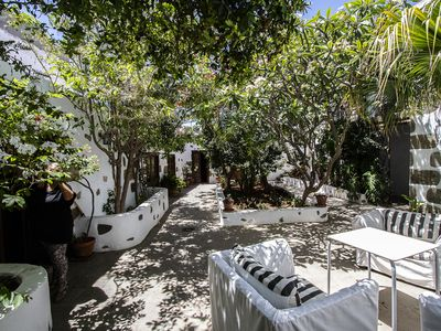 Photo for SXVIII emblematic house with beautiful typical Canarian patio