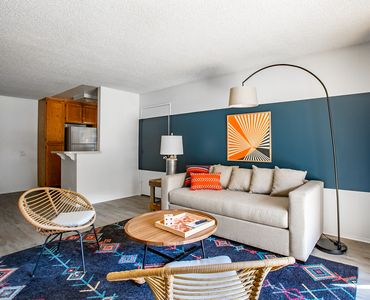 Photo for WanderJaunt | Oswald | 2BR | Mission Valley