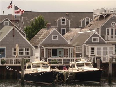 Steps from Old North Wharf - Harbor view - NEWLY RENOVATED
