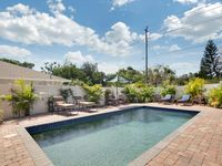 Convenient Central Sarasota Location & Excellent Hospitality