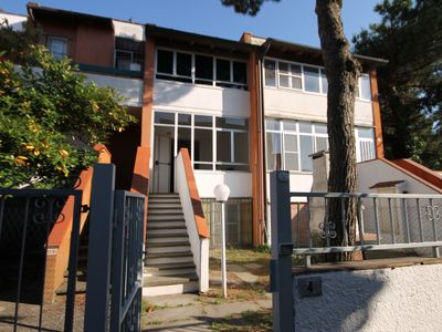 Photo for Large cottage in the vertical, 8-bed and balcony, central location