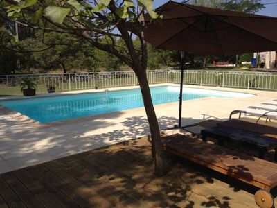 Photo for Beautiful Provencal villa at the foot of Luberon