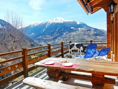 Photo for Chalet - 700 m from the slopes