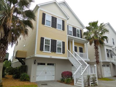Photo for Come enjoy life on the marsh at this cozy 3 Bedroom, 3 Bath townhouse located