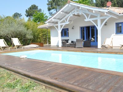 Photo for Holiday house with heated pool in Lege Cap Ferret