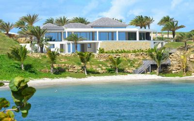 *CONTACT FOR BEST RATES* 6 Bedroom Contemporary Villa with Private Beach in Antigua