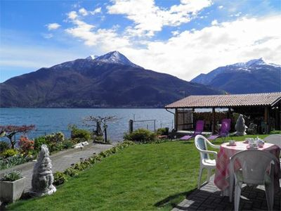 Photo for Apartment with garden, right on the lake