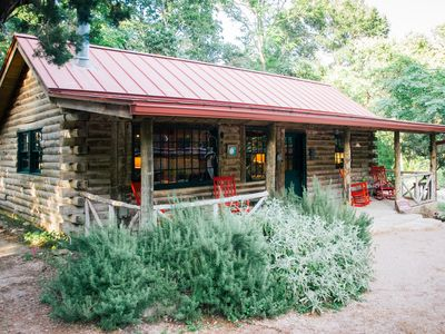 Photo for MIDWEEK DISCOUNT - $199!!! Cozy Moondance Cabin on Cypress Creek. Pet Friendly!