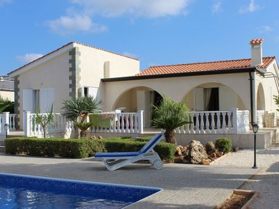 Photo for Detached 3 Bed spacious Villa, with Private Pool