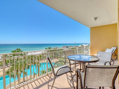 Photo for Beautiful condo with shared pool and hot tub, beach views, walk to Pier Park!