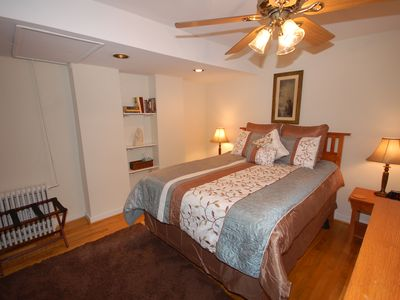 Photo for Newly Renovated Downtown 1 Bedroom Apartment