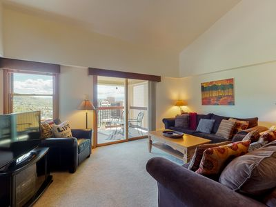 Photo for Spacious dwelling w/ slop view, fireplace, balcony & shared resort facilities!