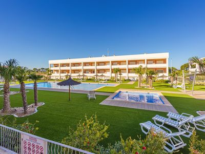Photo for Classic apartment in Santa Pola, on the Costa Blanca, Spain  with communal pool for 4 persons