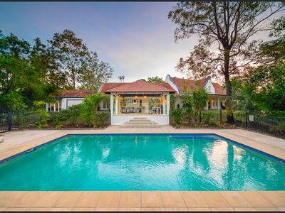 Photo for Country Mansion Private Retreat, Pool, Gym, WOW! Brisbane City 12km