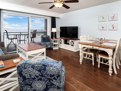 Photo for Pelican Isle 311: AMAZING! STAINLESS, GRANITE, 4LED/DVD TVs, RESERVED PARKING