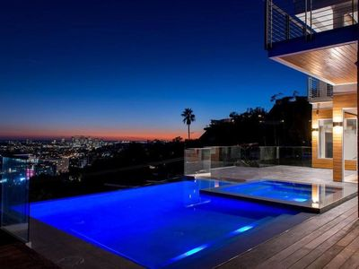 Photo for Hollywood Panoramic Infinity Villa