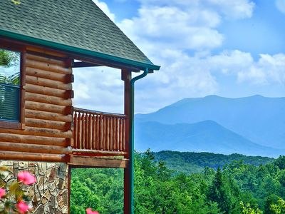 Photo for Immaculate Cabin, Private, Amazing Views, Great location, Fire-pit, A+++