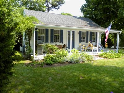 Photo for EDGARTOWN Guest Cottage-walk to restaurants and shops