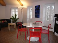 Comfy, modernized historic apartment in the very heart of Montpellier.